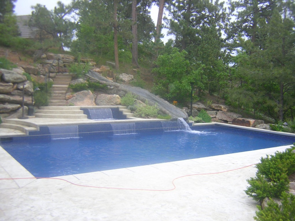 30′ All Tiled Pool Slide, Castle Pines, CO