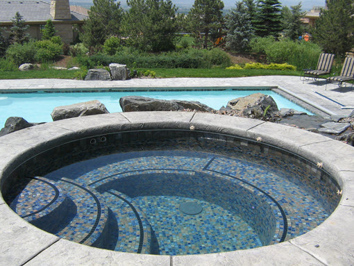 Swimming Pool with Raised All-Tile Spa